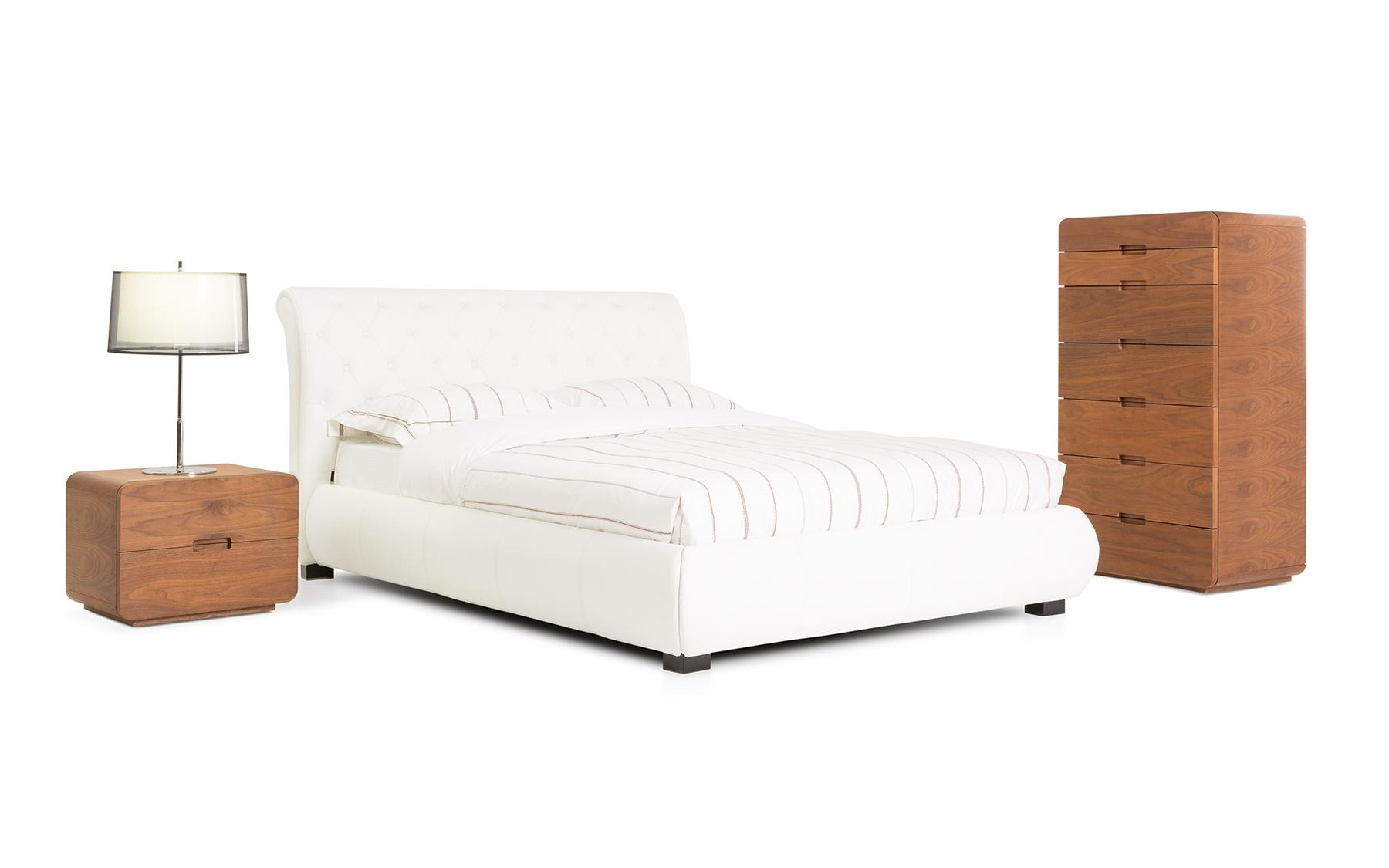 Lit grand format cl553 lits chambres la galerie du for Galerie du meuble