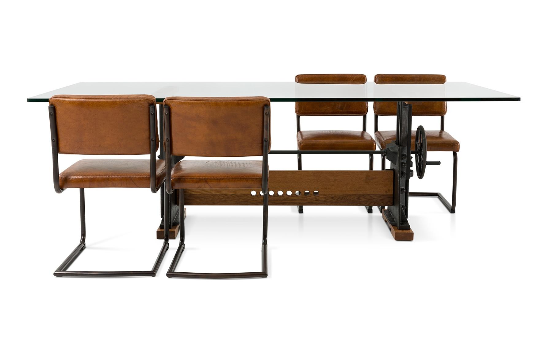 Chaise cl573 chaises salles manger la galerie du for Galerie du meuble