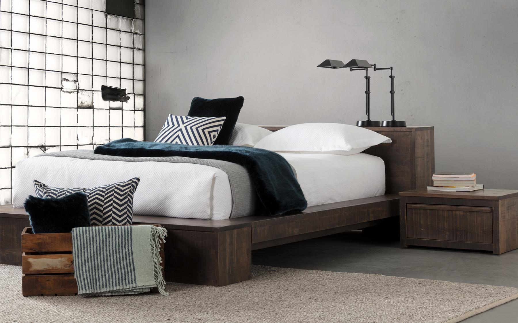 Lit grand format cl602 lits chambres la galerie du meuble for Lit grand lit